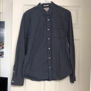 Mens button up casual/ formal shirt